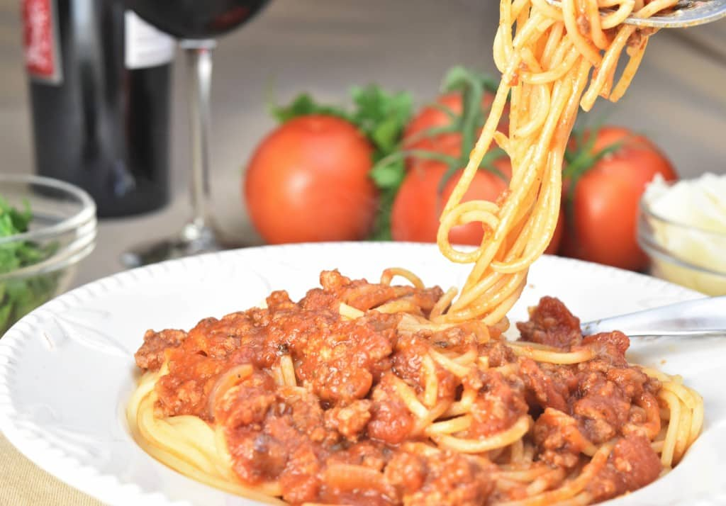 how to make easy homemade spaghetti sauce with fresh tomatoes