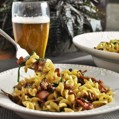 Pasta with Sun Dried Tomatoes, Bacon and Cream