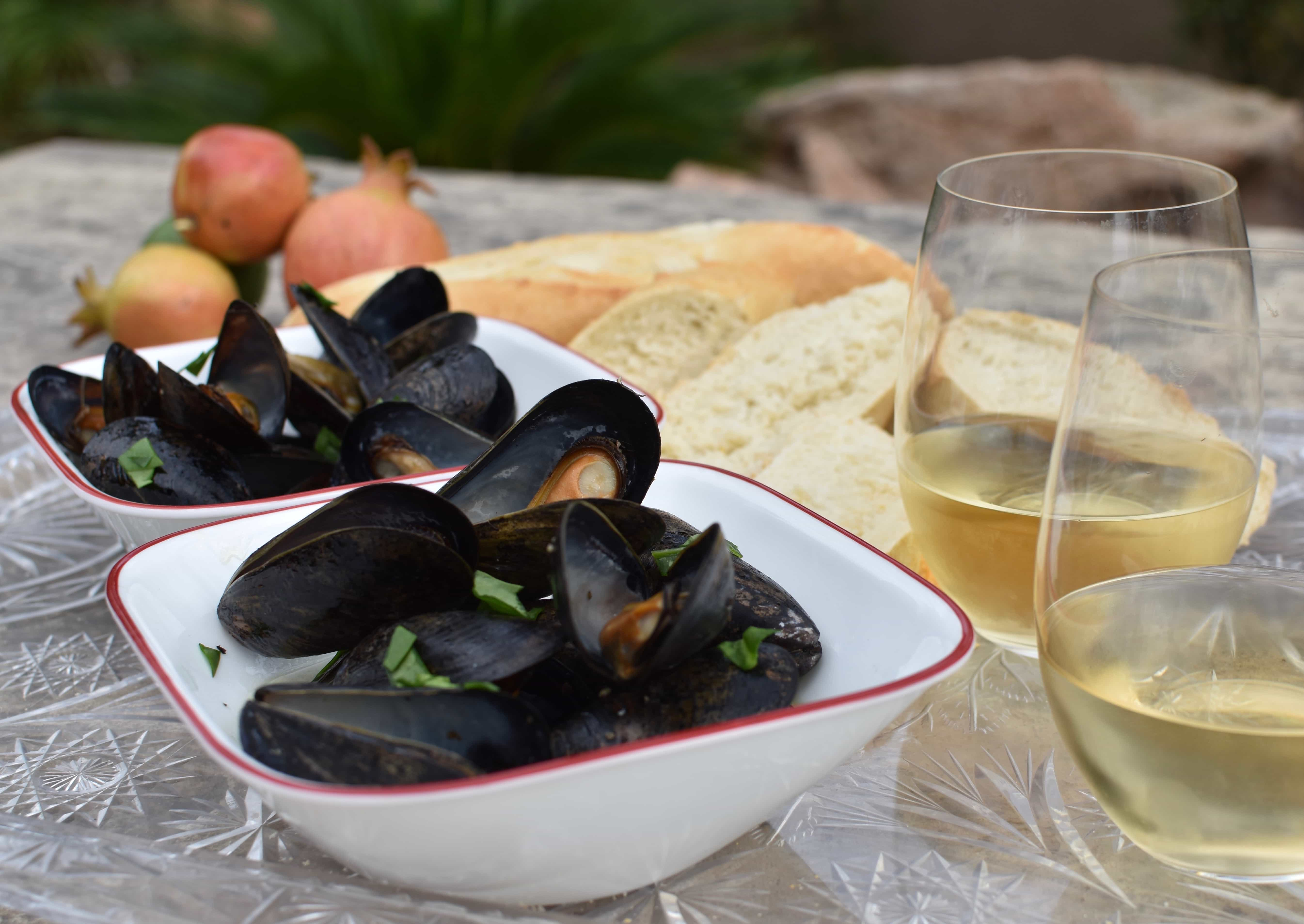 good camping food great mussels two bowls