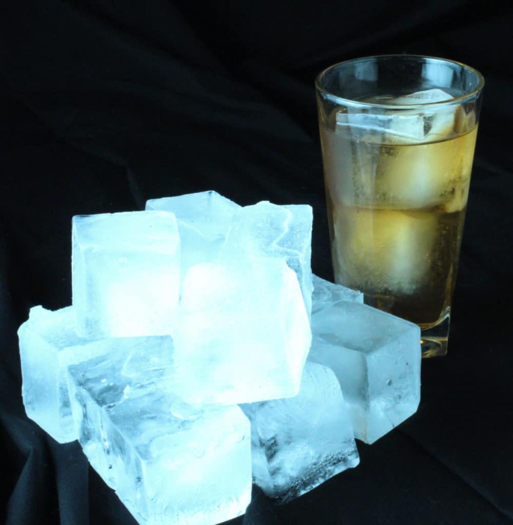 Block Ice with Tea