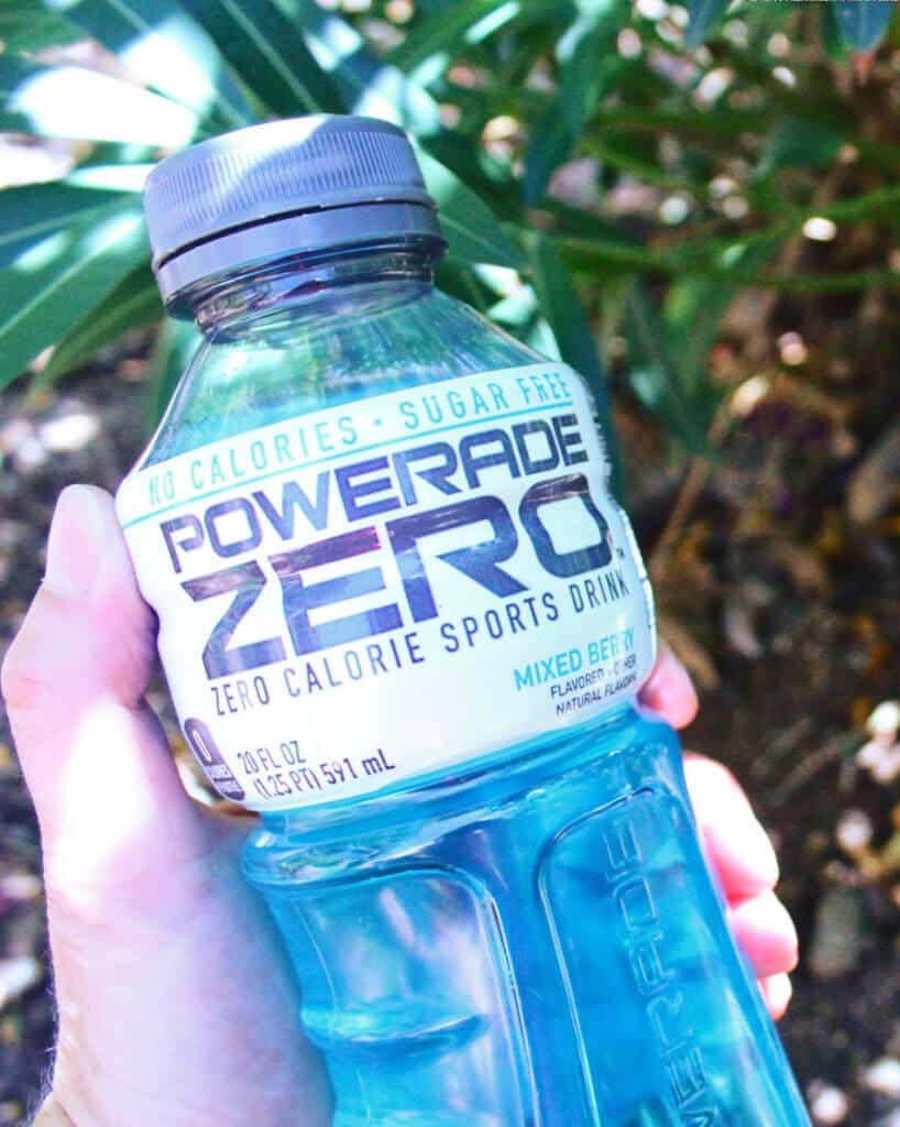 Hydration Powerade in Hand e