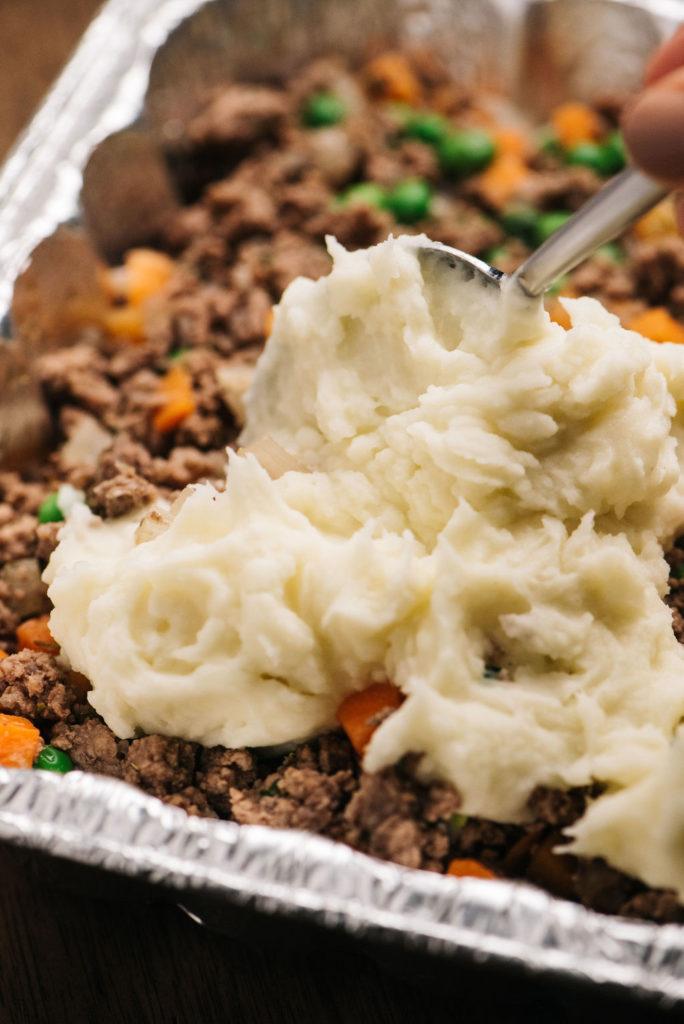 easy camping dinners make ahead shepherds pie in foil